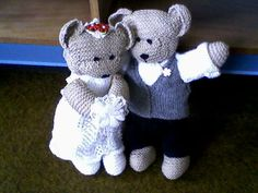 Bride and Groom Teddies - Knitting creation by mobilecrafts | Knit.Community