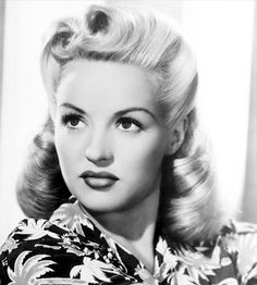 The Girl With the Million Dollar Legs - Betty Grable: Vintage Style Files #bluevelvetvintage