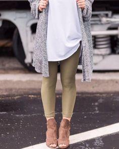 Simple LuLaRoe pieces styled to perfection. Leggings + Booties for fall winter spring or summer. #nicole #monroe #bianka #lucy #maxie #madison #azure #lola #lindsay #cassie #ana #julia #jordan #jill #jade #amelia #irma #classict #cassie #carly #adeline #leggings #randy #sarah #perfectt #pencilskirt #dress #jeanjacket #denim #plussize #harvey