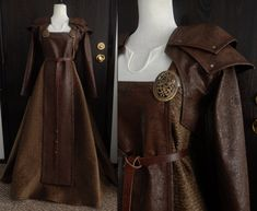A hand made faux leather bolero jacket with shoulder armor, and a matching forecloth. The leather has a floral pattern on it. Viking Garb, Viking Dress, Viking Cosplay, Viking Armor, Medieval Costume, Medieval Dress, Viking Clothing, Historical Clothing, Historical Photos