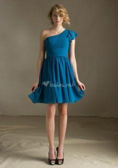 Vestido azul de Mori Lee - http://www.bodas.net/cat-DressList.php?tipo=2&Disenador=267