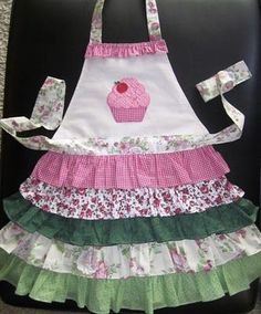 Ideas For Kitchen Diy Sewing Apron Patterns Retro Apron, Aprons Vintage, Sewing Hacks, Sewing Projects, Childrens Aprons, Cute Aprons, Sewing Aprons, Apron Designs, Creation Couture
