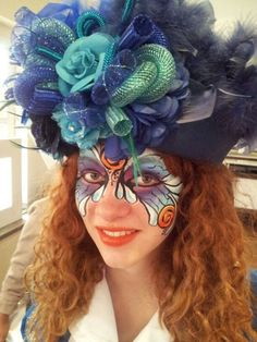Facepaint and hat for Carnaval Vastelaovend. Headgear, Face Art, Party Hats, Headdress, Mardi Gras, Masquerade, Bunt, Wigs, Hair Makeup