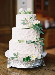 Wedding Cake - would probably have a cake like this so need florals for 2-3 tier similar to this