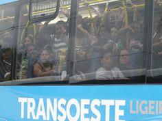 BRT Transoeste (Rio de Janeiro) superlotado