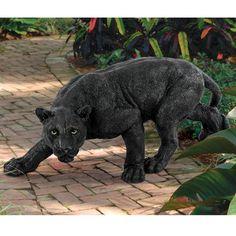OMG!!! I want this in my yard!! Design Toscano Shadowed Predator Panther Statue