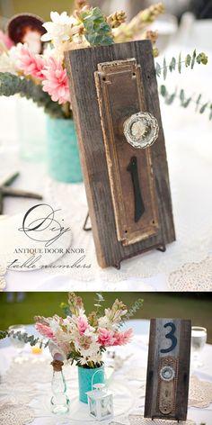 diy antique doorknob table numbers - flippen oulike idee!! mag dalk net perfek werk :)