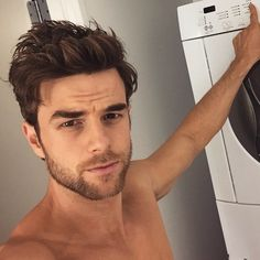 Picture of Nathaniel Buzolic Nathaniel Buzolic, Serie The Vampire Diaries, Vampire Diaries The Originals, Hot Actors, Actors & Actresses, Kol And Davina, Kol Mikaelson, Hottest Male Celebrities, Daniel Gillies