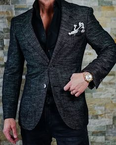 Men's Jackets For Every Occasion. Photo by Menswear Market Jackets are a must-have in the cold weather but it can also be used to accessorize an outfit. Mens Fashion Blazer, Suit Fashion, Komplette Outfits, Fashion Outfits, Fashion Ideas, Fashion Clothes, Stylish Men, Men Casual, Casual Wear