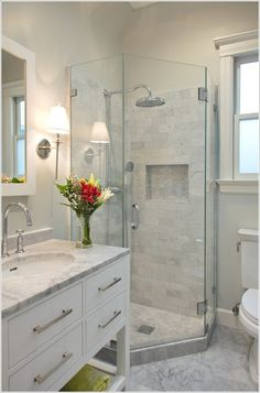 10 Amazing Shower Stalls Ideas for Your Bathroom 5