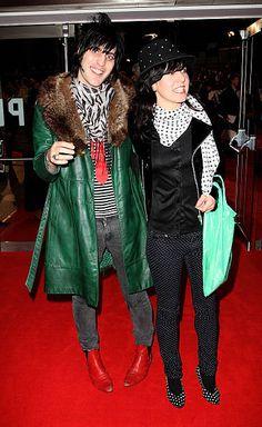 Noel Fielding, Fields, Winter Jackets, Britain, Style, Fashion, Feather, Winter Coats, Moda