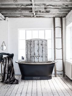 Discover what makes this Nickel Bateau by Catchpole and Rye a surprisingly practical choice for bathroom design by following the link.