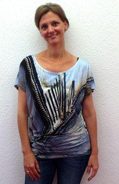 Hallo und guten Morgen, diese Woche starte ich in Shirt Kerkira, such mir aber noch ein Jäckchen dazu....