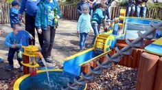 Posteruj rzeką w zoo