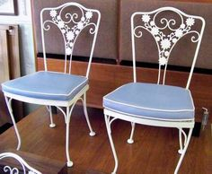 vintage LEE WOODARD SONS wrought iron patio furniture 4 floral chairs