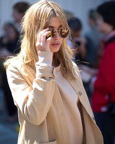 @haileybaldwin photo by @theoutsiderblog #style#styling#stylish#street#streetstyle#fashion#fashionable#cool#instamood#women#womensfashion#womensstyle#moda#shoes#loveit#streetlook#sexy#tagsforlikes#luks#followme#luxury#luksmoda#luksstil#luxurystyle#luxuryfashion#haileybaldwin#sunglasses#newyorkfashionweek#nyfw#ss16