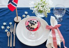 Vi gir deg inspirasjon til - Botrend Dinner Table, Tablescapes, Norway, Table Settings, Girly, Table Decorations, Inspiration, 1, Home Decor