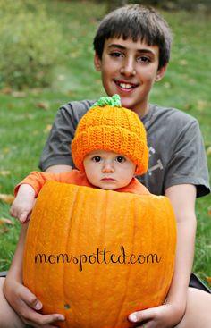 (Sibling shot) Pumpkin Infant Fall Photography Ideas
