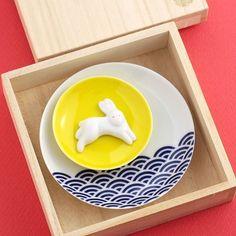 馬場商店日本のいわれ(波佐見焼)箸置き小皿セット月波兎 馬場商店 http://www.amazon.co.jp/dp/B00H6F01HY/ref=cm_sw_r_pi_dp_TabQub17M5DFT