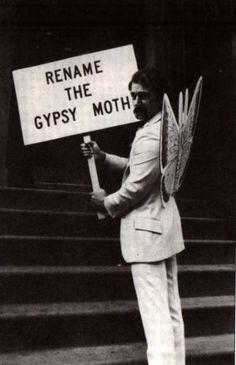 jojo, the king of the new york gypsies (joey skaggs) of g.a.s.p. (gypsies against stereotypical propaganda), in protest (1982