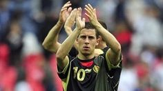 Chelsea complete signing of coveted Hazard