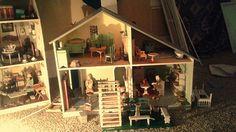 Mel Davey Nantucket Cottage with Tynietoy Garden pieces