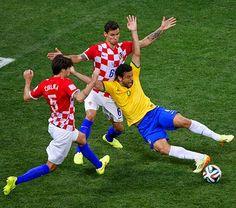 ROXANA REY: Con un penal inventado, Brasil logra doblegar a la...