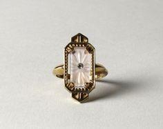 Art Deco Jewelry Rings Bijoux 43 New Ideas Art Deco Jewelry, Jewelry Rings, Jewelery, Jewelry Accessories, Jewelry Design, Fine Jewelry, Jewelry Box, Gold Jewelry, Gold Necklace