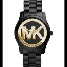 ✨New Michael kors watch✨ Brand new! Gorgeous and elegant watch in black and gold color, eye catching, one of a kind! No flaws BRAND NEW! Michael Kors Accessories Watches