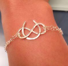 Lucky Bracelet - Simple Sterling Silver Bracelet - Horse Shoe Bracelet - Good Luck Jewelry - Chain Bracelet by EllynBlueJewelry on Etsy https://www.etsy.com/listing/218525682/lucky-bracelet-simple-sterling-silver