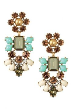 Beautiful drop earrings!!! Delight guaranteed! I have a few of ...