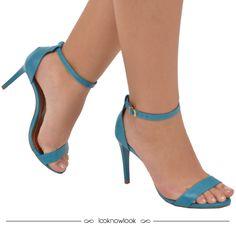 Sandália de tiras na cor azul. #moda #sapatos #sandália #calçados #shoes #sotd #look #trend #tendência #azul #shop #loja #ecommerce #comprasonline #lnl #looknowlook
