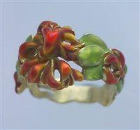 Superb Art Nouveau Honeysuckle Ring