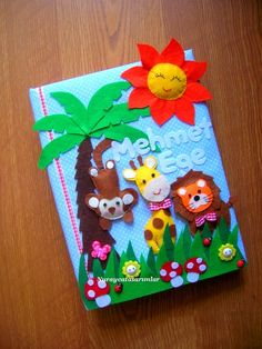 Nuraycatasarımlar: Safari Temalı Fotoğraf Albümü Foam Crafts, Diy And Crafts, Diy For Kids, Crafts For Kids, Scrapbook Cover, Felt Books, Decorate Notebook, Fabric Gifts, Felt Patterns