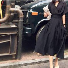 Vネック styleup マキシ ワンピース(3カラー) ・ このシルエットが好きなんだなぁ〜 だって、スタイル良く見えるんだもん✨ ・ black khaki…