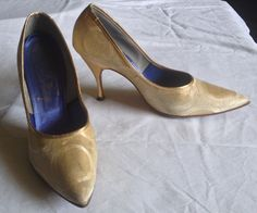 Items similar to Vintage Fabric Gold Print High Heel Pumps 9 A on Etsy High Heel Pumps, Pumps Heels, Gold Pumps, Gold Print, 1950s, Kitten Heels, Fabric, Stuff To Buy, Etsy