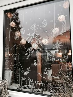 j'aime dessiner sur les vitres #posca #feutresvitres #dessinersurlesvitres #illustrationsnoel #noel #decorerlesvitres #dessinsurvitrine Christmas Mood, Christmas Windows, Christmas Window Decorations, Simple Christmas, Christmas Is Coming, Merry Little Christmas, White Christmas, Christmas 2017, Christmas Crafts