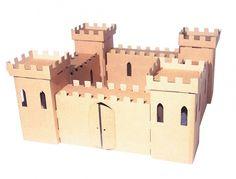 Chateau fort en carton                                                                                                                                                                                 Plus