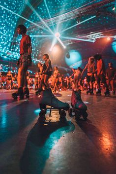 Photos and memories from the 2018 edition of Skate Love Barcelona, the international skate music festival that brings skaters together every year in Spain Quad Roller Skates, Roller Rink, Roller Disco, Roller Derby, Indoor Roller Skating, Roller Skating Party, Skate Party, Arcade, Disco Party