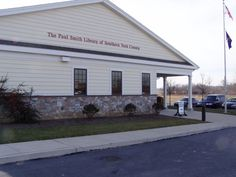 Paul Smith Library of Southern York County  http://www.yorklibraries.org/syc/