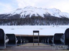 Der schwarze Barhocker von Eventwide wartet gespannt aufs nächste #Whiteturf in St. Moritz! #EventwideSchweiz St Moritz, London, Mount Rainier, Mountains, Nature, Travel, Outdoor, Black Bar Stools, Poland