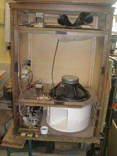"""The Alchemist: Custom """"Leslie"""" rotating speaker"""