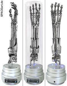 Terminator 2: T-800 Endoskelett Arm, Fertig-Modell ... http://spaceart.de/produkte/te011.php