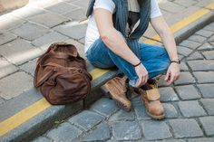 brown leather bag - street style - timberland shoes - jewelry for men - leather band wristband - silver jewellery Leather Men, Brown Leather, Silver Jewellery, Jewelry, Timberlands Shoes, Outfit, Street Style, Band, Stuff To Buy