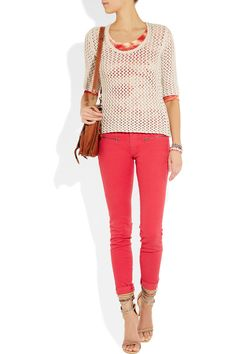 Coral Skinny Jeans (I keep seeing cute, cheap versions of these. SOme in a fun hot pink. Need to go ahead and buy them) Pretty Outfits, Cool Outfits, Casual Outfits, Fashion Outfits, Coral Skinny Jeans, Mid Rise Skinny Jeans, Amazing Heels, Awesome Shoes, Color Block Sweater