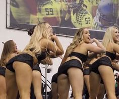 12 of the Best Cheerleader Fails of All Time