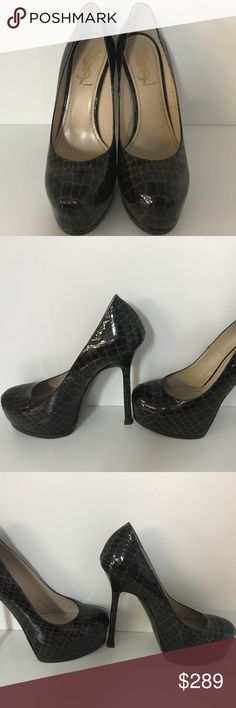Yves St Laurent Brown Python leather pump Heel 37 In Very good condition.  Main wear on the bottom from walking as shown in pictures. Yves Saint Laurent Shoes Heels