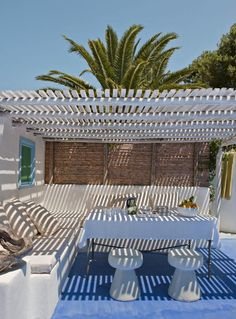 Terrace summer inspiration / Beach home design inspiration byCOCOON.com #COCOON Dutch designer brand