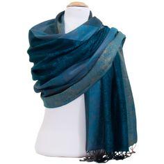 Foulard taupe rosé fines paillettes. Découvrez sur mesecharpes.com + de 150  foulards chic pour femmes. Port gratuit et paquet cadeau offert ... 78ccdcedb15