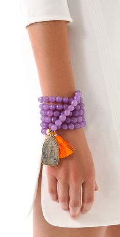 Bracelets Trends : mala beaded and tassel jewelry Tassel Bracelet, Tassel Jewelry, Beaded Jewelry, Jewelry Bracelets, Handmade Jewelry, Jewellery, Estilo Hippie, Hippie Chic, Boho Chic
